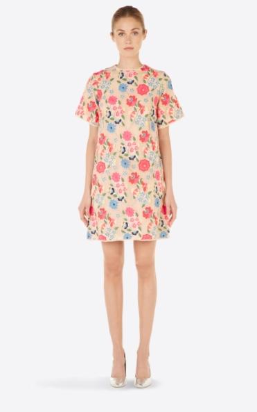 Robe Manoush 611€